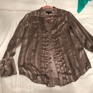 Banana Republic button down blouse 👚
